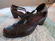 $100+DANSKO Regina Brown LEATHER Comfort PUMP Mid Heel CrissCross Strap 39/8.5-9