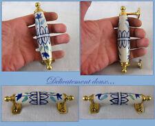 Jolie Poignée en Céramique et laiton style ancien blanche et bleue - PO17