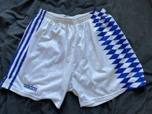 retro white adidas vintage running football shorts 9 40 XL (shiny stripes)