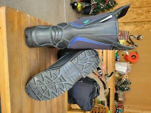 leather cosmas fire boots men's size 8, black with blue accent stripes
