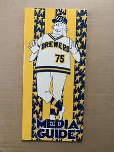 1975 Milwaukee Brewer Media Guide.Incl H Aaron's Return & Milwaukee All StarGame