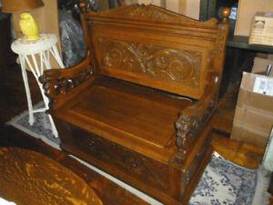 Antique Oak bench Hall RJ Horner style Ornate Carved solid tiger oak refinished