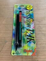 Vintage Fashion Pak Sharplet .5mm Pencil And Clic Eraser AZ21BP Red And Green