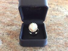 Damenring, 750 Gold, 1 großer Opal, 16 Brillanten ca. 0,90 ca.