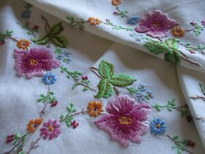 Vintage Hand Embroidered Linen Tablecloth-BEAUTIFUL PLUMP FLORAL'S