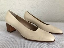 48759495944b NEW Salvatore Ferragamo Reptile Leather Pumps Chunky Heels Bone White 7 AA
