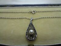 VINTAGE STERLING SILVER & PEARL PENDANT NECKLACE