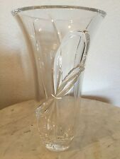 """VERA WANG, Wedgewood Crystal Love Knots Mother's Day Vase Made In Germany, 9"""" H"""