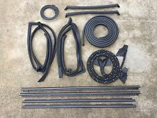 81-88 Monte Carlo with Narrow Chrome Complete 13 pc t-top Seal Kit
