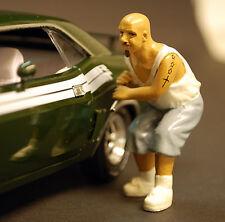 23817 American Diorama auto vecchiardi auto ladro Jose, 1:24