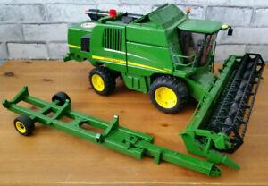 Bruder John Deere Combine Harvester T670i Scale Model Farm Toy