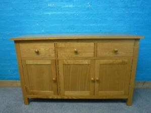 DOVETAILED WIDE SOLID OAK 3DRAWER SIDEBOARD H80 W132 D44cm- VISIT OUR WAREHOUSE