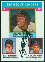 Original Autograph of Gaylord Perry HOF of the Rangers on a 1976 Topps Card