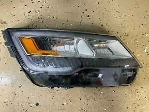 2016 - 2017 Ford Explorer Passenger Side Right Side Headlight 20-9741-B6-1N