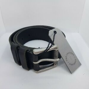 Mens Black LEATHER belt in gift box. BNWT. The Leather Refinery. All sizes.