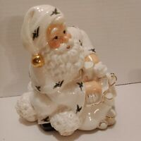 Vtg Musical Porcelain Santa  Tabletop  7x7  plays Santa Claus is Coming to Town