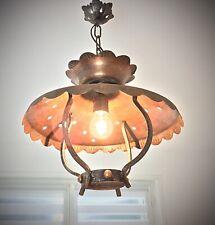 Lampe suspension lustre vintage en fer forgé et cuivre style medieval British