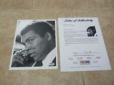 Muhammad Ali Vintage Signed Autographed Boxing 8x10 Photo PSA Certified