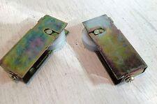 2 Sliding Door Rollers, Nylon Wheel (5800)