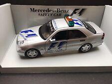 Universal Hobbies - Safety Car -Mercedes AMG C Class - 1:18 -1997 -Australian GP