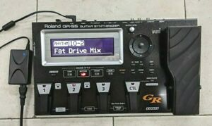 Roland GR-55GK Guitar Synthesizer COSM Guitar/Amp Modeling Multi-Effects Pedal