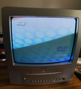 """Toshiba MD13P1C 13"""" Retro Gaming Color CRT TV/DVD Combo Television- Works Great!"""