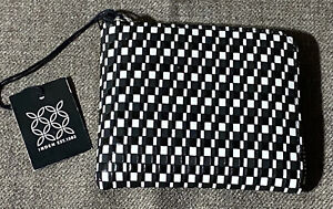 Inden Zipped Coin Purse in Rippleal Black x White