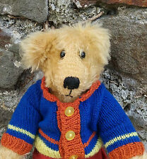 RARE retired Dean's Rag Book Artist Showcase teddy bear 'John' by Jo Greeno, 17""