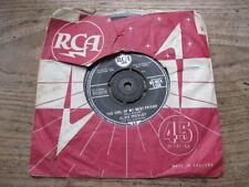 "VG  ELVIS PRESLEY - The girl of my best friend / A mess of blues - 7"" single"