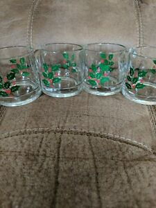 4 Holly Berry Vintage Christmas Egg Nog Cider Coffee Mugs Made In USA