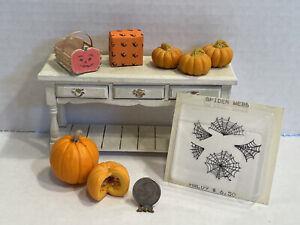 Vintage Artisan Halloween Decor Pumpkins Spider Webs Dollhouse Miniature 1:12