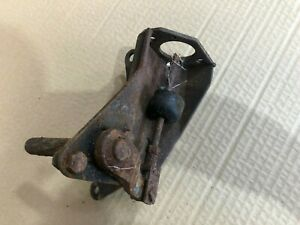 LAND ROVER SERIES 2 2A CLUTCH SLAVE CYLINDER BRACKET LEVER AND ARM
