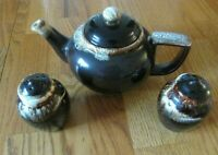Gourmet Brown  Pfaltzgraff Teapot & Salt & Pepper   Vintage EXCELLENT!