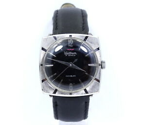 Vintage Mens WALTHAM Square Case Black Dial 17 Jewels Hand Winding Watch