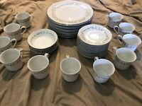Sheffield Fine China Elegance 502 - 39 Pieces - Plates, Saucers, Bowls, Tea Cups