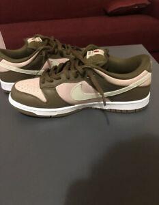 Nike SB Dunk low x Stussy Cherry, Rep 41 EU. Read The Description Please