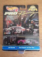 Hot Wheels Pro Racing Sterling Marlin 1998 Pit Crew Car 40 NASCAR 1 64