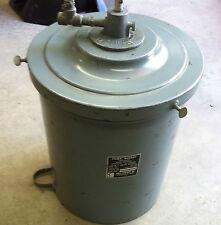 Graco / Gray Company Inc. Grease Pump Bucket 252-280 NOS - D2114
