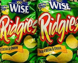 2 Bags Wise Ridgies Sour Cream & Onion Potato Chips +~* FAST FREE SHIPPING ! *~+