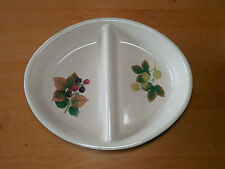 Cloverleaf England COUNTRY FRUITS 10 in Divided Oval Vegetable Bowl