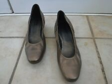 ARCHE Bronze/Metallic Gold Shoes, 39, 1.5 in Heel, Made in France, EUC!