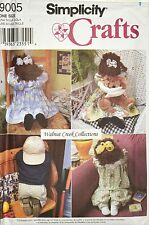 Simplicity 9005 18� Seated & 21� Kneeling Dolls and Clothes Pattern