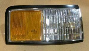 NOS 1988-1991 Oldsmobile Cutlass Supreme Side Marker Lamp 5975482