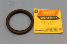 NOS YAMAHA TW200 GT80 DT100 AT1 AS2 OIL SEAL FRONT HUB PART# 93105-47007-00