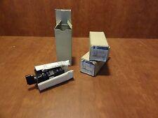 Telemecanique mini control switch DMSA041822