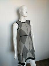 KAREN MILLEN sleveless black&white dress size 1