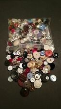 """Mixed Lot of 500 Assorted Color Plastic, Metal, Fabric Buttons, 1.5"""" & Smaller"""