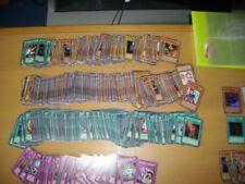 Carte Yu-Gi-Oh : Lot de 100 carte Yu-Gi-Oh en VF sans double
