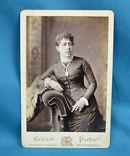 Victorian Cabinet Card Portrait Photo Attractive Young Lady Locket Rees London
