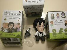 "Edward Scissorhands Titans ""I'm Not Finished"" Vinyl Figure EDWARD (WHITE SHIRT)"